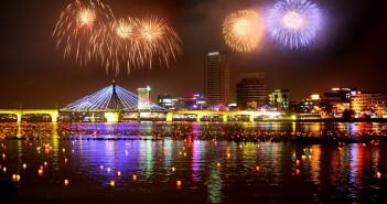 Những hình ảnh bắn pháo hoa chào mừng năm mới lung linh đẹp nhất thế giới -9